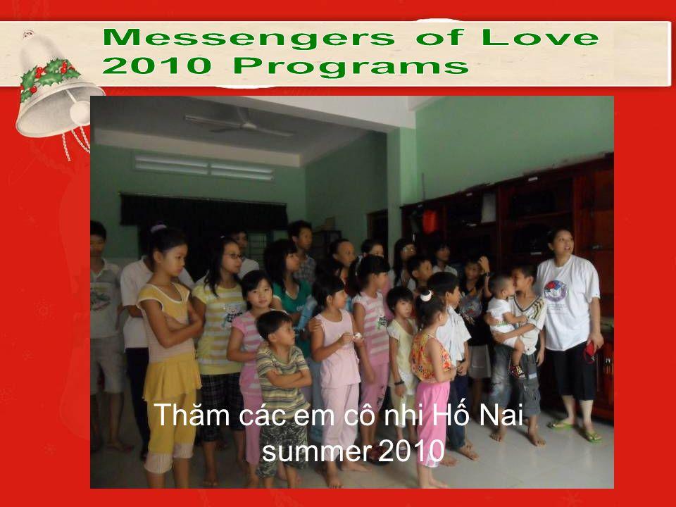 Thăm các em cô nhi Hố Nai summer 2010