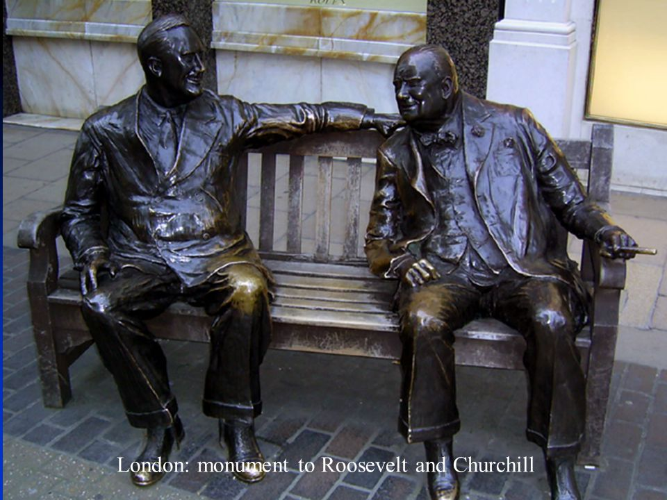 London: monument to Roosevelt and Churchill