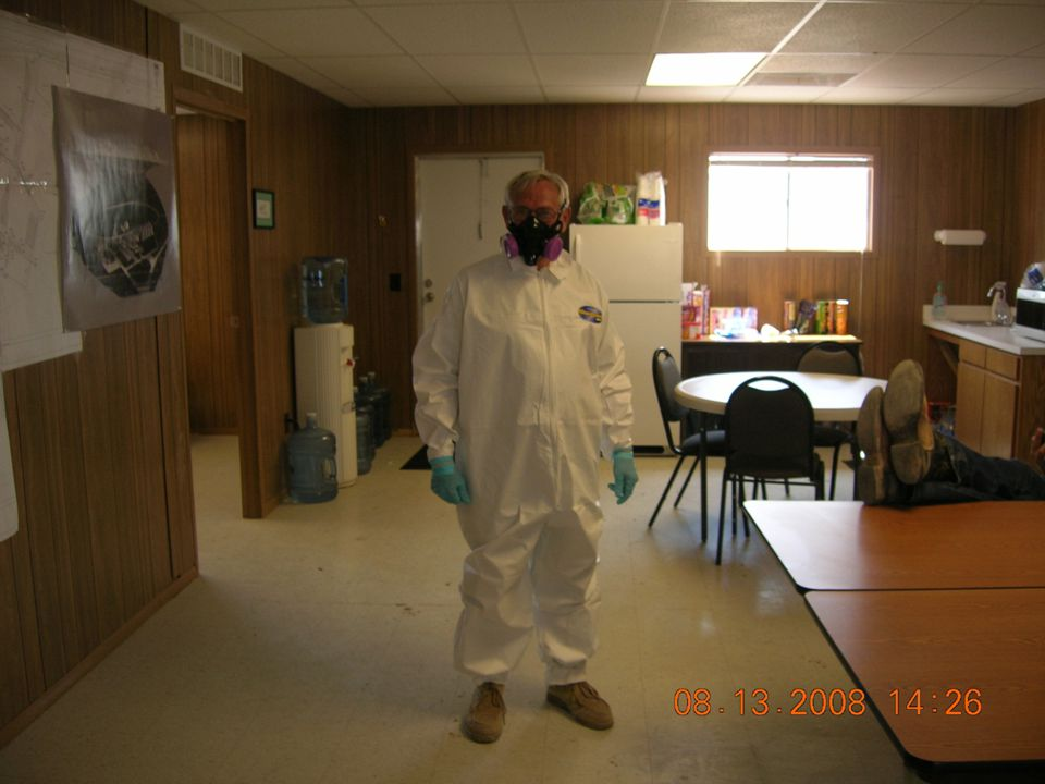 NIOSH Recommendations No Tyvek suits Shower and laundry facilities on-site No work clothes or footwear to leave the site Move the contractor office trailers and install running water to improve hand sanitation Medical screening for symptomatic personnel Cleaning shoes at office doorways and proper cleaning techniques for offices Appropriate respiratory-protection equipment based on the job function