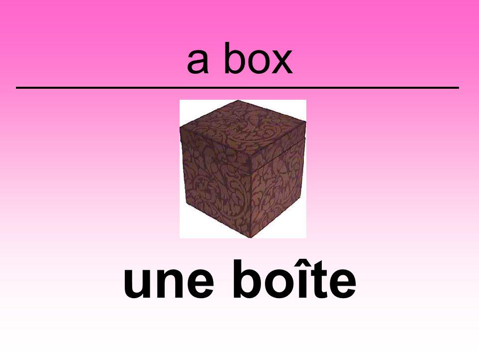 a box une boîte