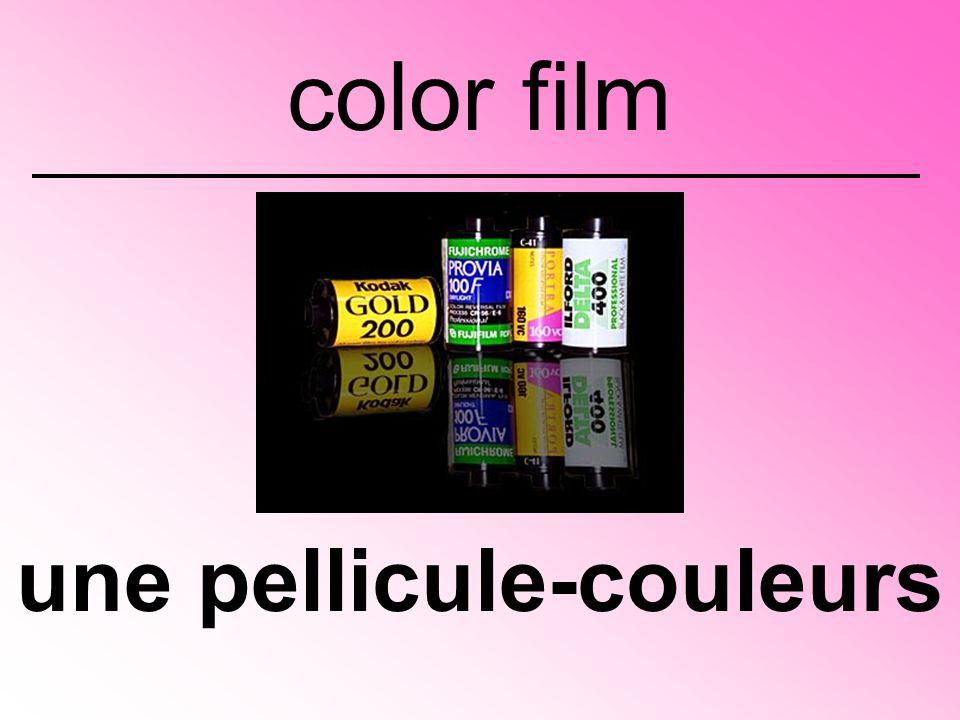 une pellicule-couleurs color film