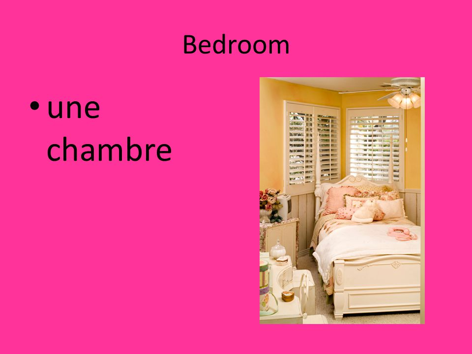 Bedroom une chambre