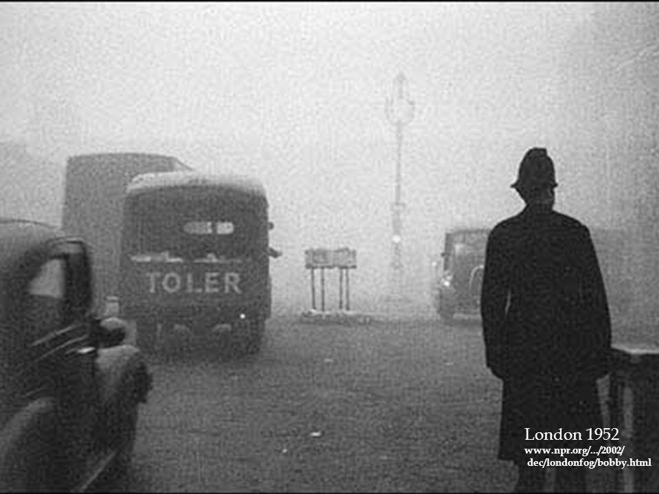London 1952 www.npr.org/.../2002/ dec/londonfog/bobby.html