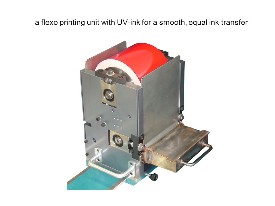 UV-lamp with integrated watercooling guarantees dry ink on the book