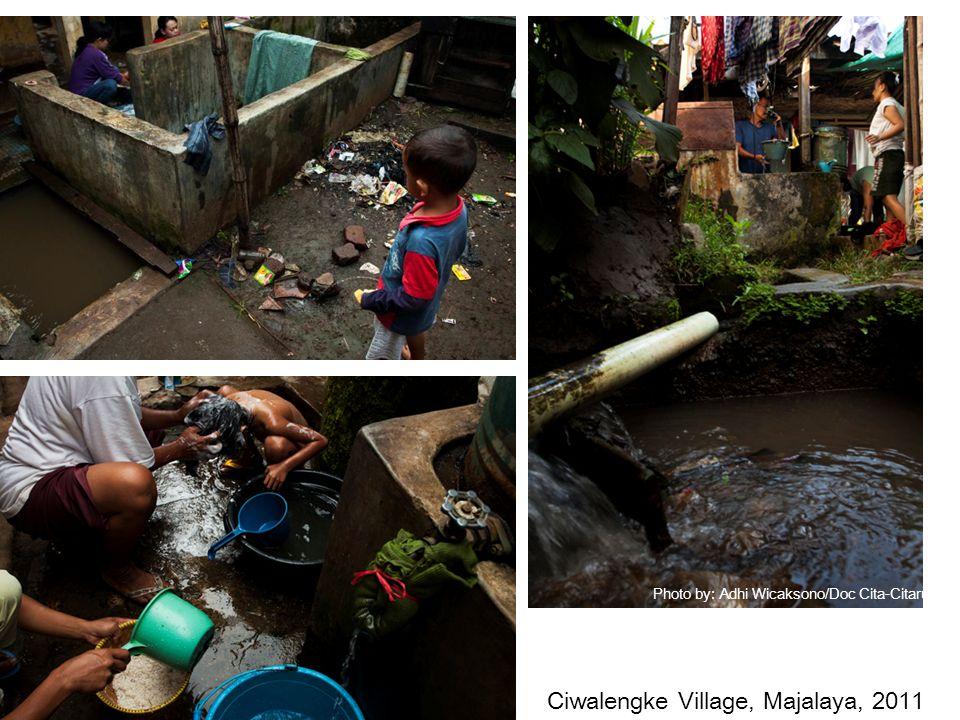 Photo by: Adhi Wicaksono/Doc Cita-Citarum Ciwalengke Village, Majalaya, 2011