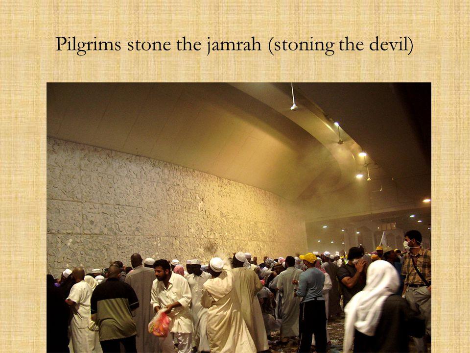 Pilgrims stone the jamrah (stoning the devil)
