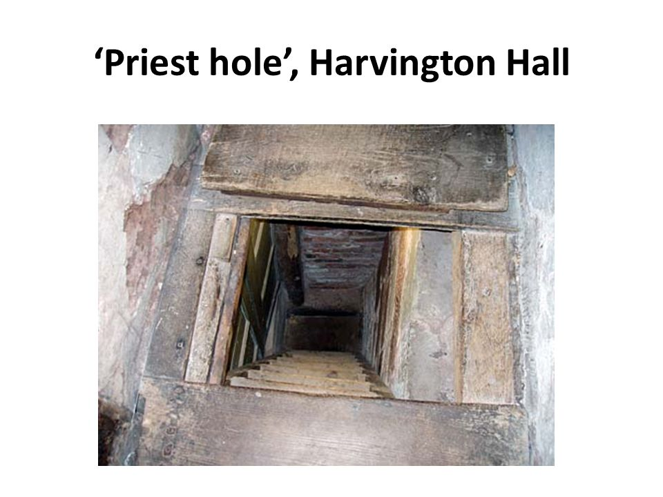'Priest hole', Harvington Hall