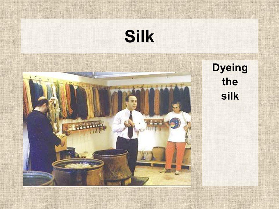 Silk Dyeing the silk