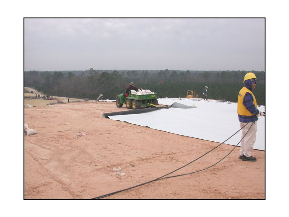 Deploying Geomembrane