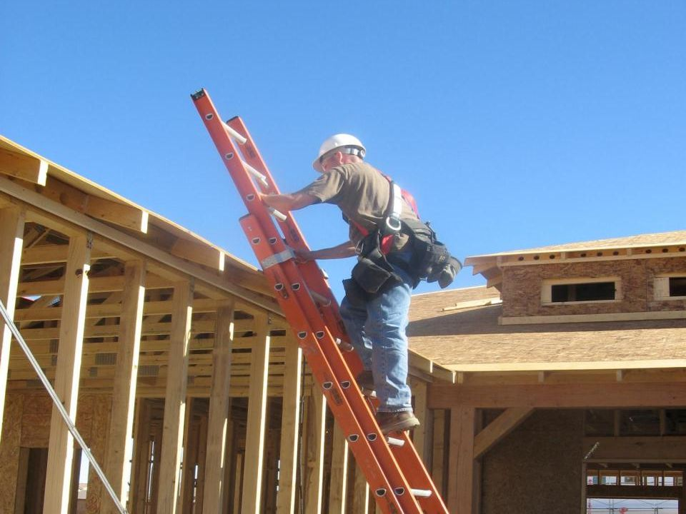 Rev: Maintain a Safe Position on Ladders, cont.