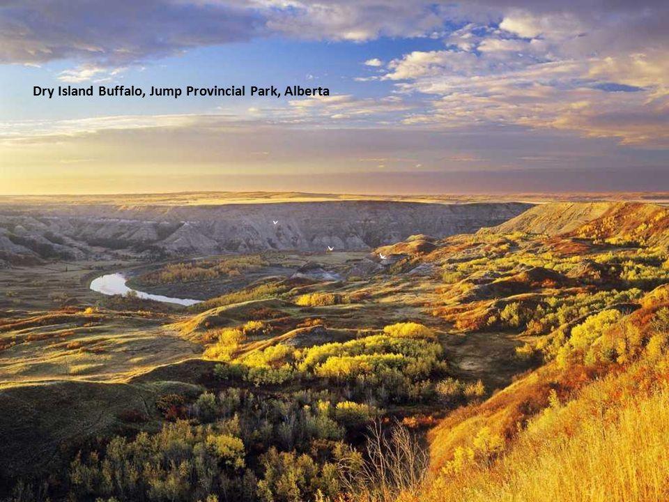The Three Sisters, Alberta