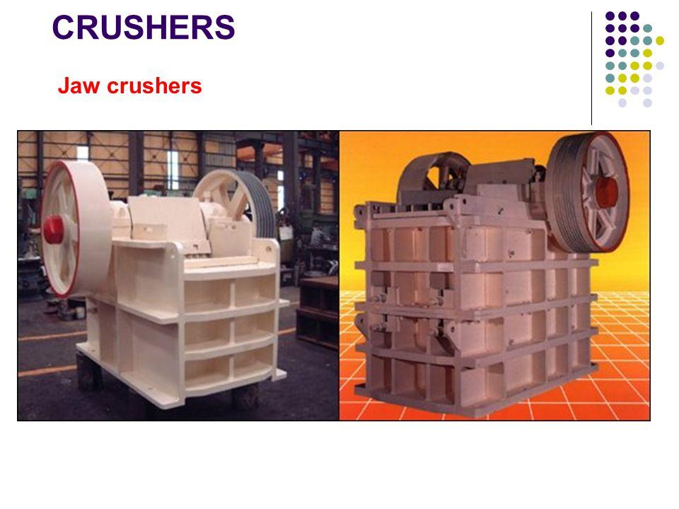 Kisaran operasi peralatan pengecilan ukuran PeralatanUkuran umpan (mm) Ukuran produk (mm) Rasio pengecilan Kapasitas (ton/jam) Konsumsi daya (kw) Gyratory crushers 200-200025-2508100-500100-700 Jaw crushers 100-100025-100810-10005-200 Cone crushers 50-3005-50810-100020-250 Impact breakers 50-3001-104010-1000100-2000 Rod mills5-200.5-21020-500100-4000 Ball mills1-100.01-0.110010-30050-5000 Hammer mills 5-300.01-0.14000.1-51-100 Jet mills1-100.003-0.053000.1-22-100