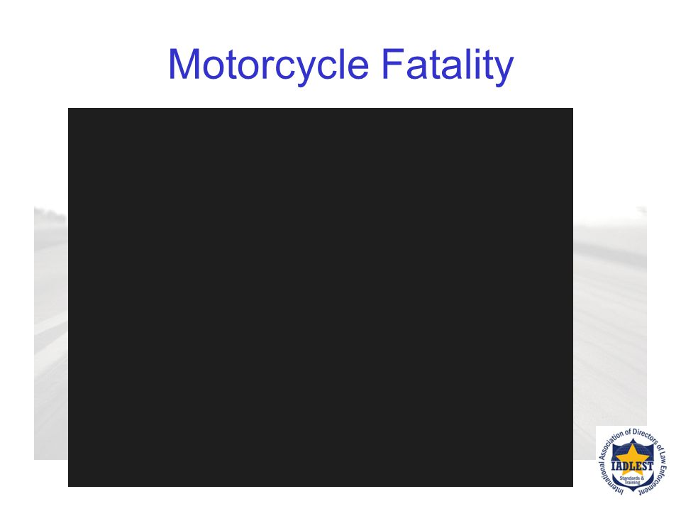Reported Causes Of Crashes Speeding Failing to negotiate a corner Inattentiveness Perception failure on the part of the other vehicle (Left turns, not seeing the motorcyclist) Riding under the influence Inexperience