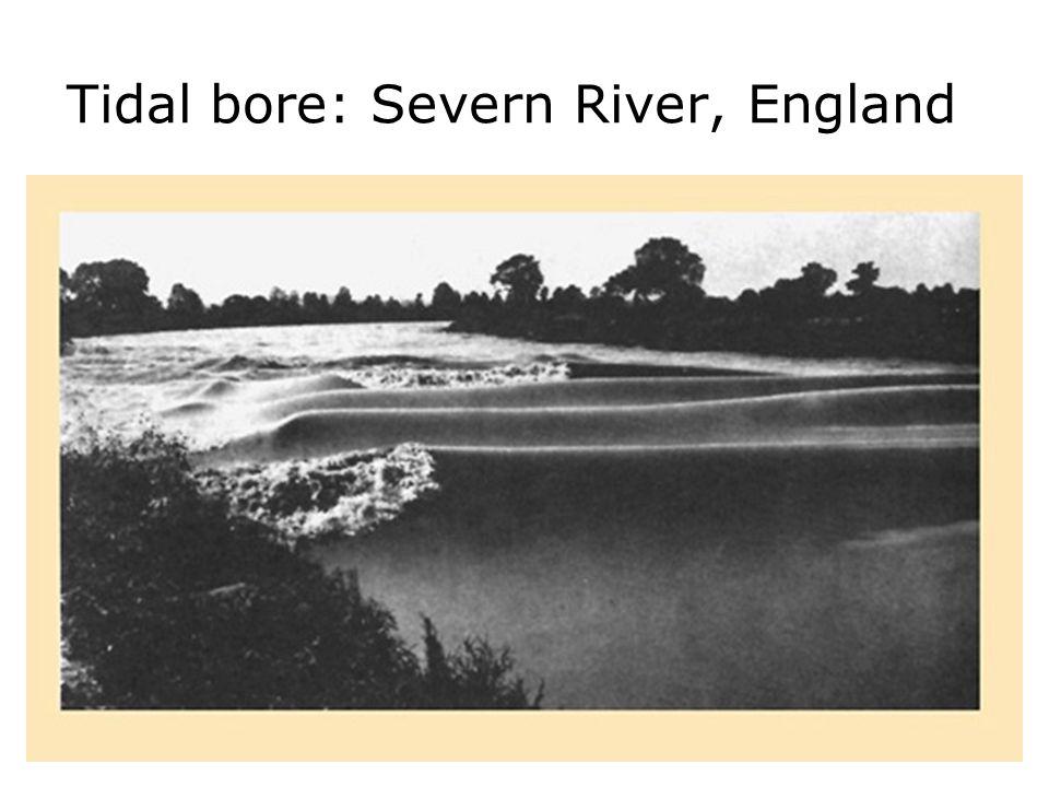 Tidal bore: Severn River, England 2.452