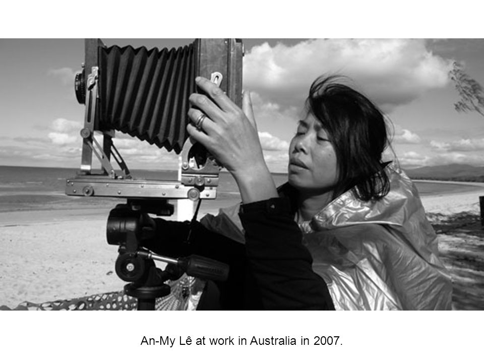 An-My Lê at work in Australia in 2007.