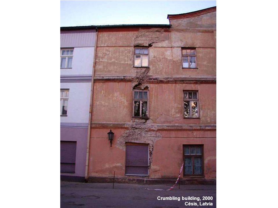 Crumbling building, 2000 Cĕsis, Latvia