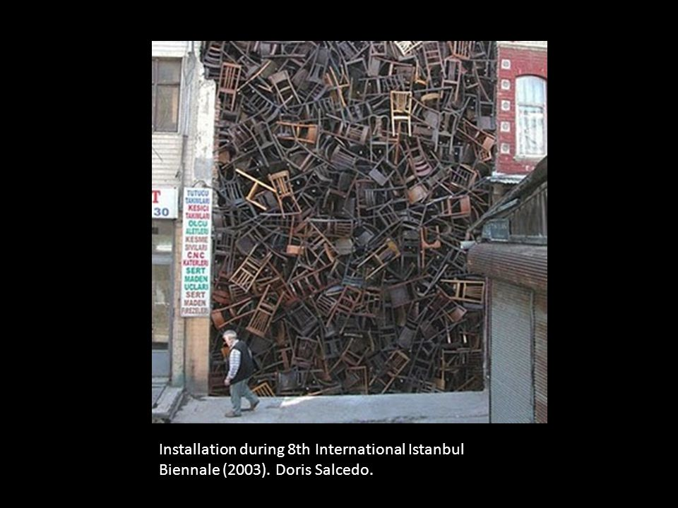 Installation during 8th International Istanbul Biennale (2003). Doris Salcedo.