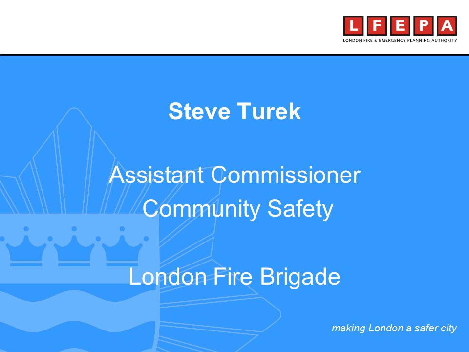 making London a safer city Diversity –10% of operational staff from BME (national target 7%) –3% women (national average 2.1%) –22% of new entrant firefighters were BME (year ending October 2006) –5.86% were women –18% women applicants in last campaign To overcome this we continue to diversify our workforce