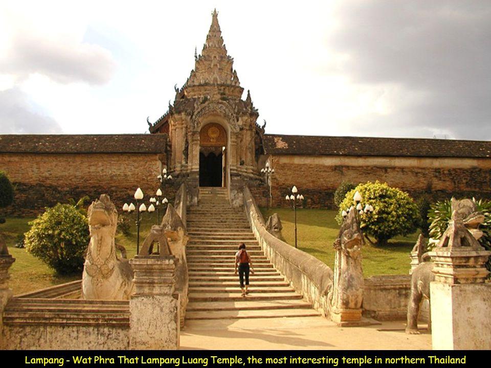 Doi Suthep mountain, Emerald Buddha at Wat Phra That