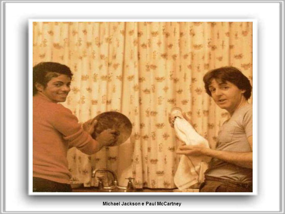 Pee-Wee Herman e Regis PhilbinMadre Teresa e Princess Diana