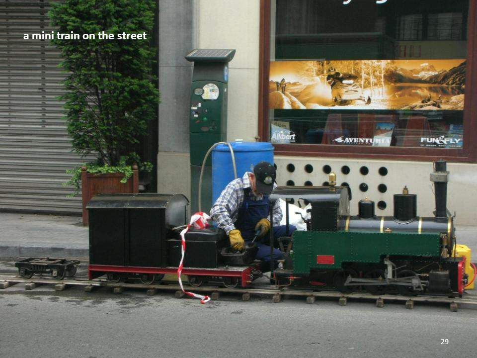 The mini train 28