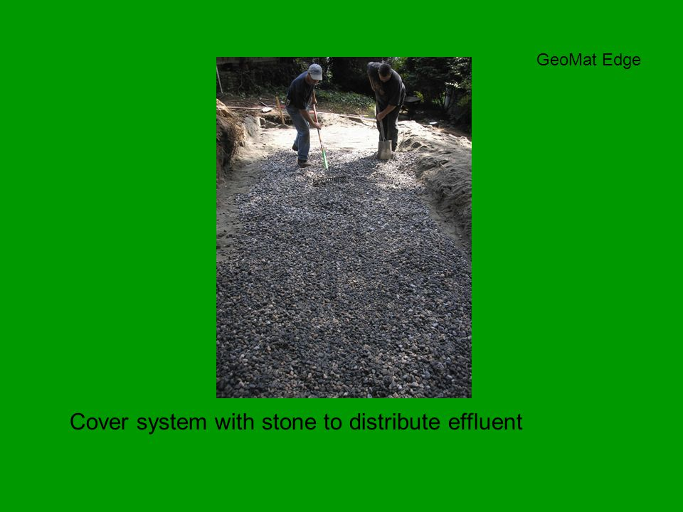 Cover system with stone to distribute effluent GeoMat Edge