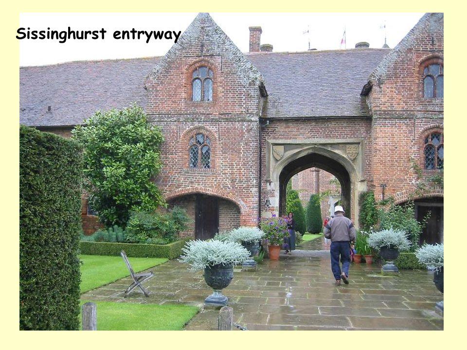 Sissinghurst entryway