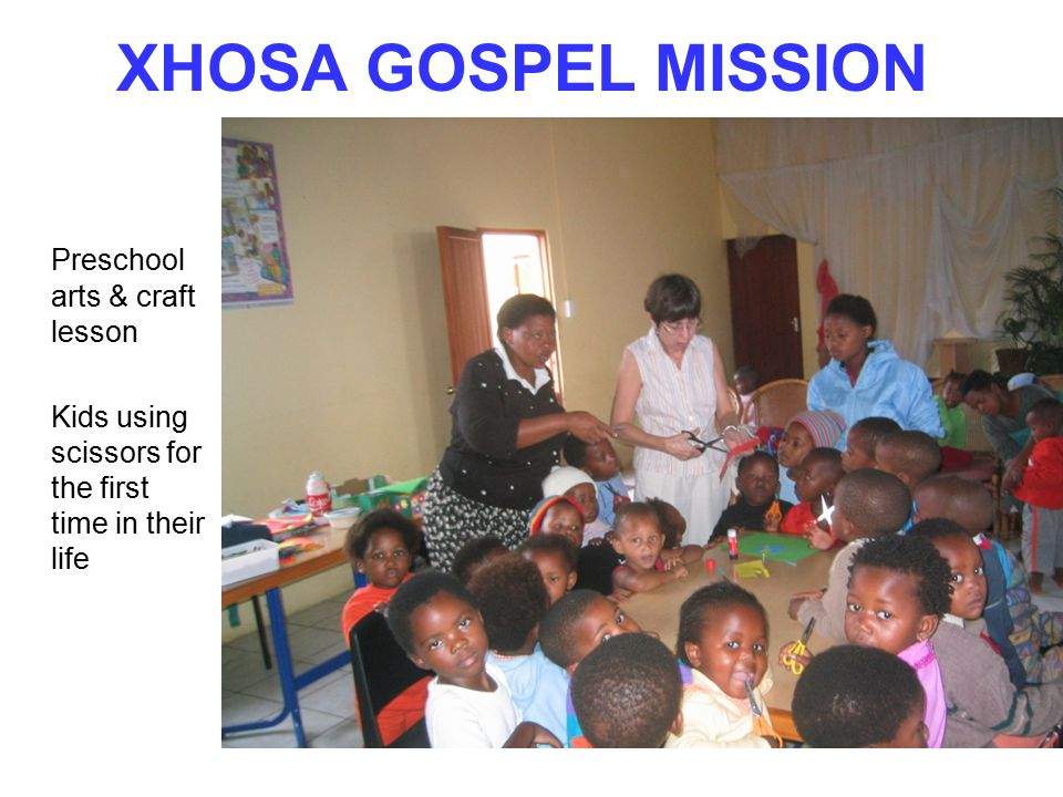XHOSA GOSPEL MISSION Preschool arts & craft lesson Kids using scissors for the first time in their life