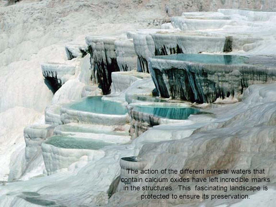 The resulting effect of the water falling on a series of pads is spectacular, as it forms immense and solid cascades.