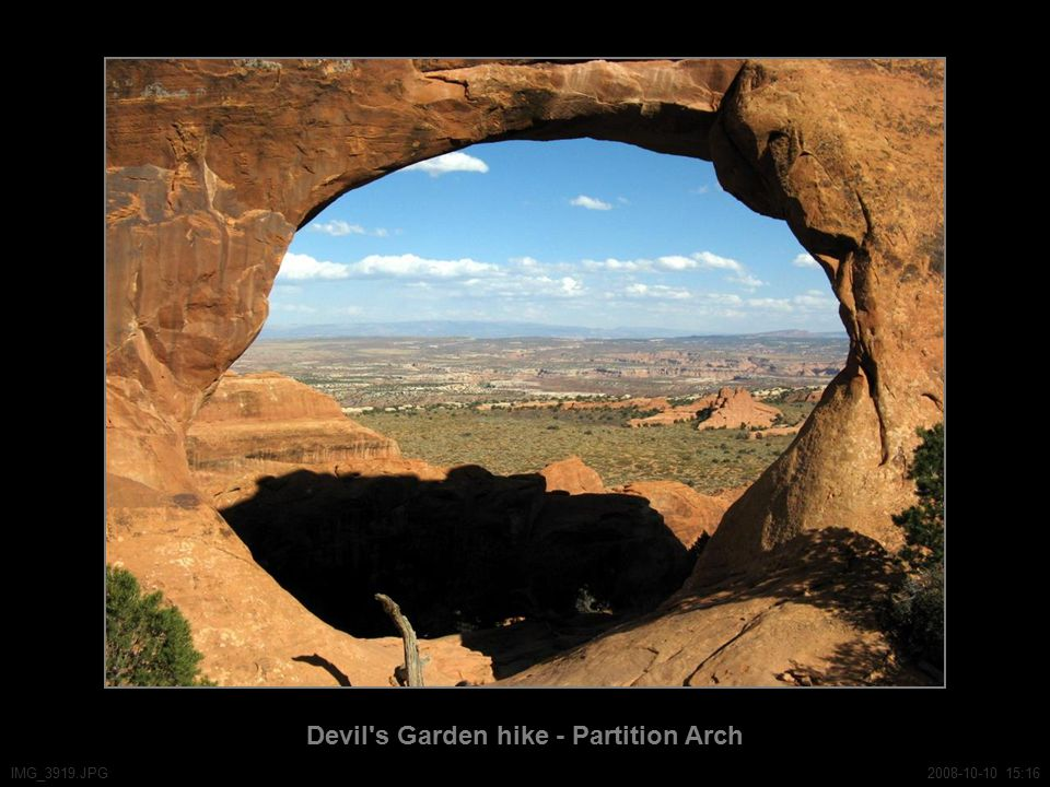 Devil s Garden hike - Partition Arch IMG_3919.JPG2008-10-10 15:16