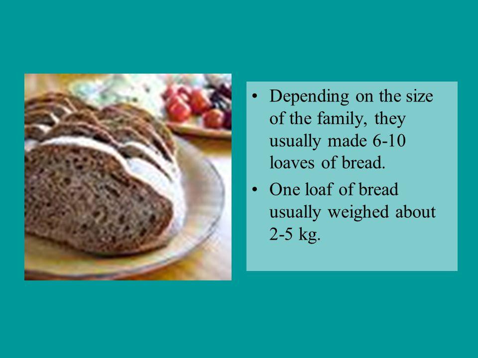 Recipe of Bread 5 l of warm water 100 g leaven 6 - 7 kg rye flour 1 soup-spoon of salt 2 soup-spoons of fennel seeds