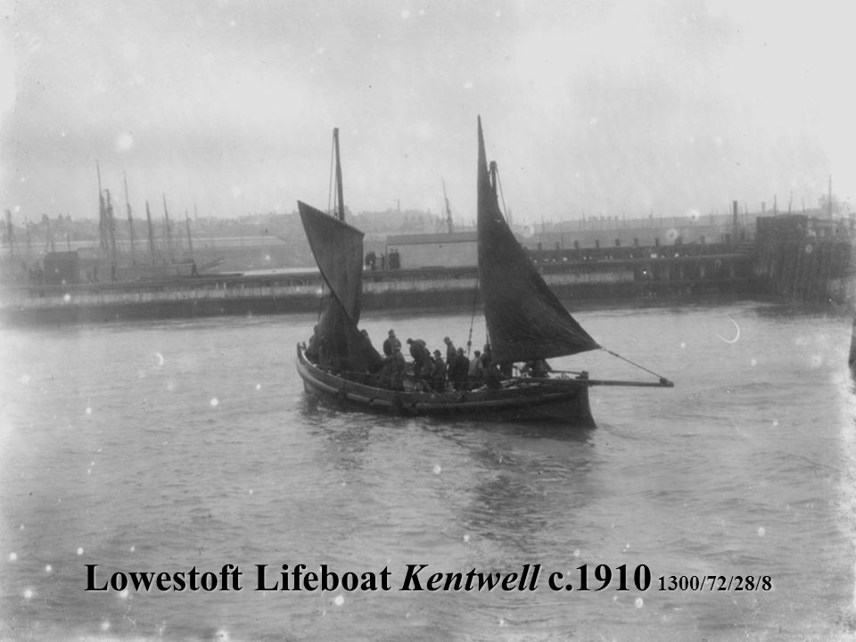 Lowestoft Lifeboat Kentwell c.1910 1300/72/28/8