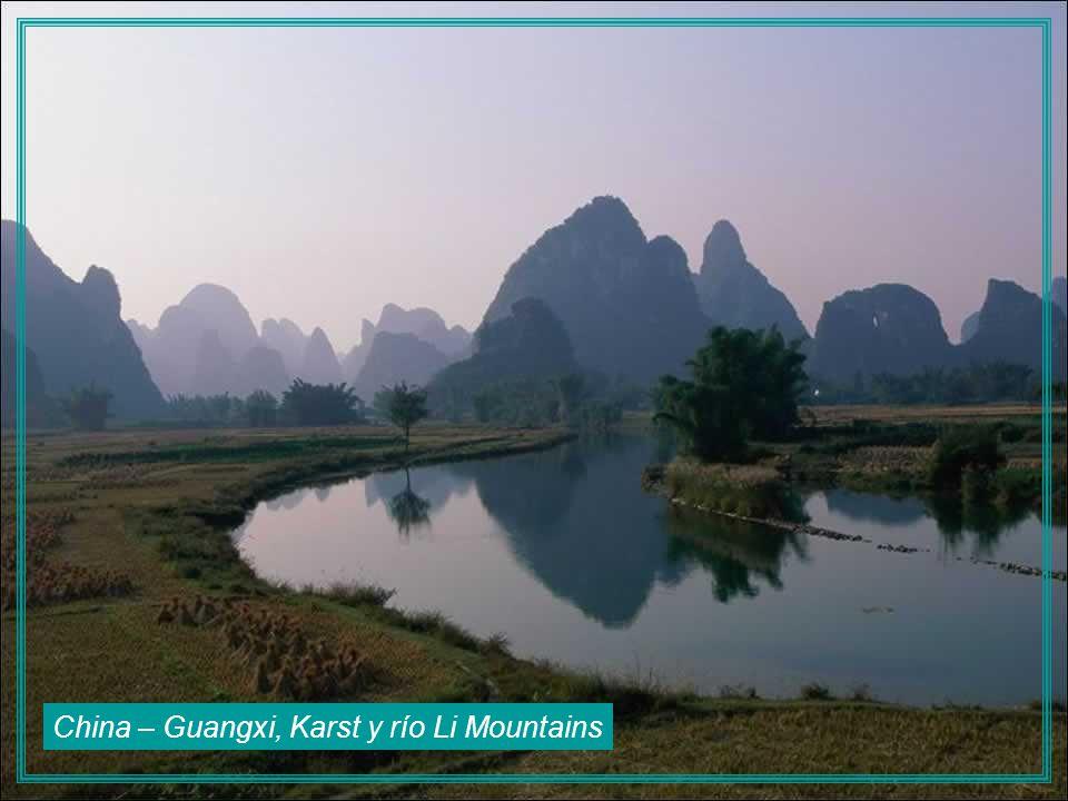 Vietnam - Ninh Binh, Tam Coc Grottos