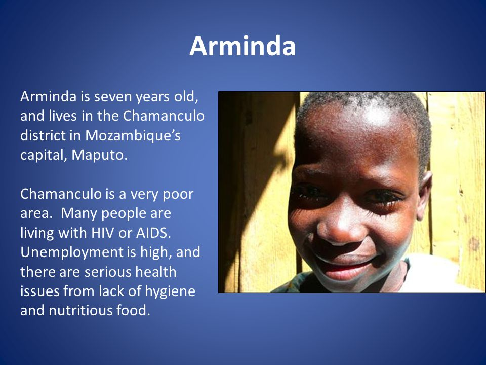 Arminda loves school.She has many friends. Arminda's favourite animal is a chicken.