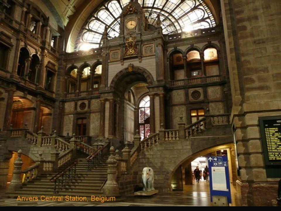 Centraal Train Station, Amsterdam, Netherlands