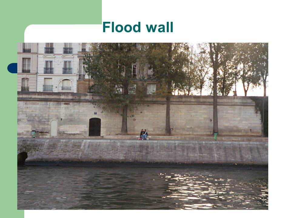 Flood wall