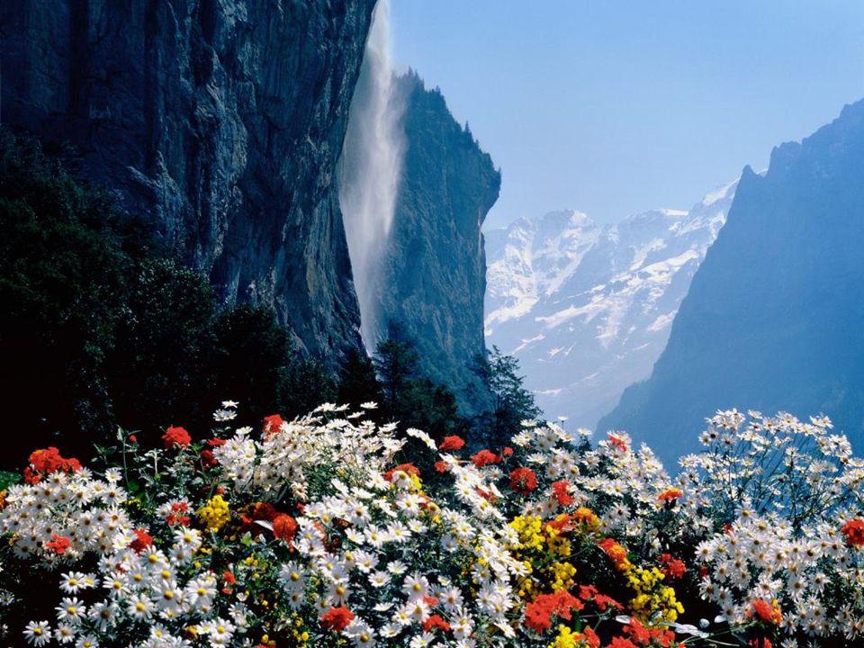 Staubbach Waterfall, Lauterbrunnen, Switzerland