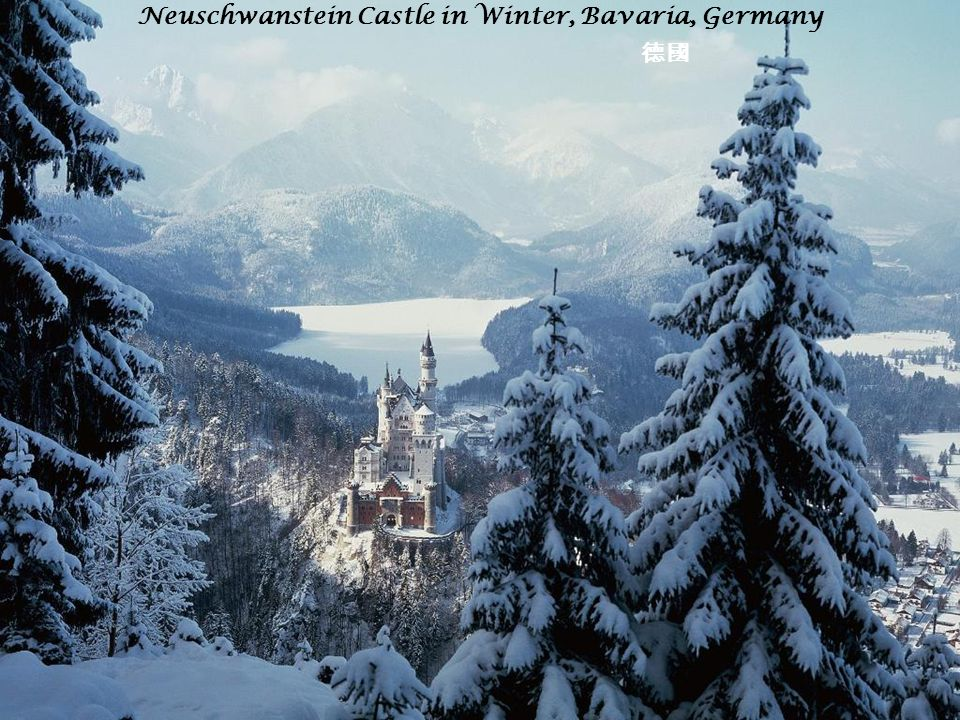 Neuschwanstein Castle in Winter, Bavaria, Germany 德國