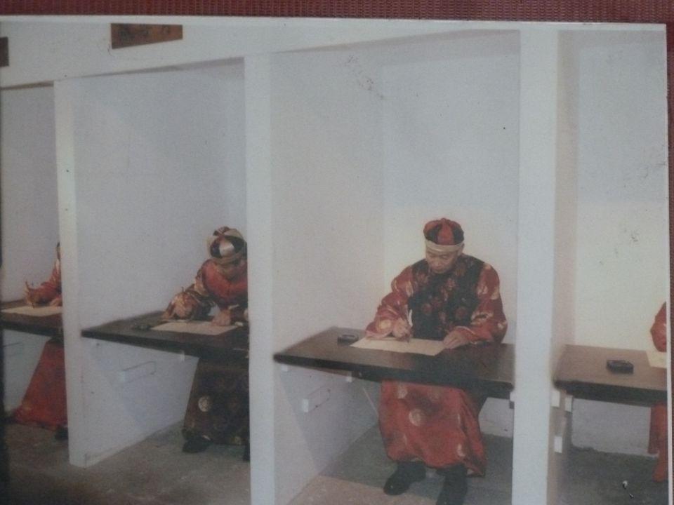  PISA  Testing of Knowledge versus  Testing of Ability