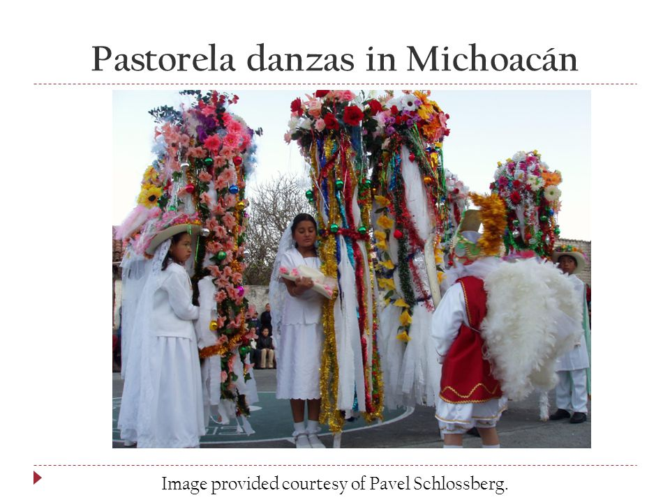 Pastorela danzas in Michoacán Image provided courtesy of Pavel Schlossberg.