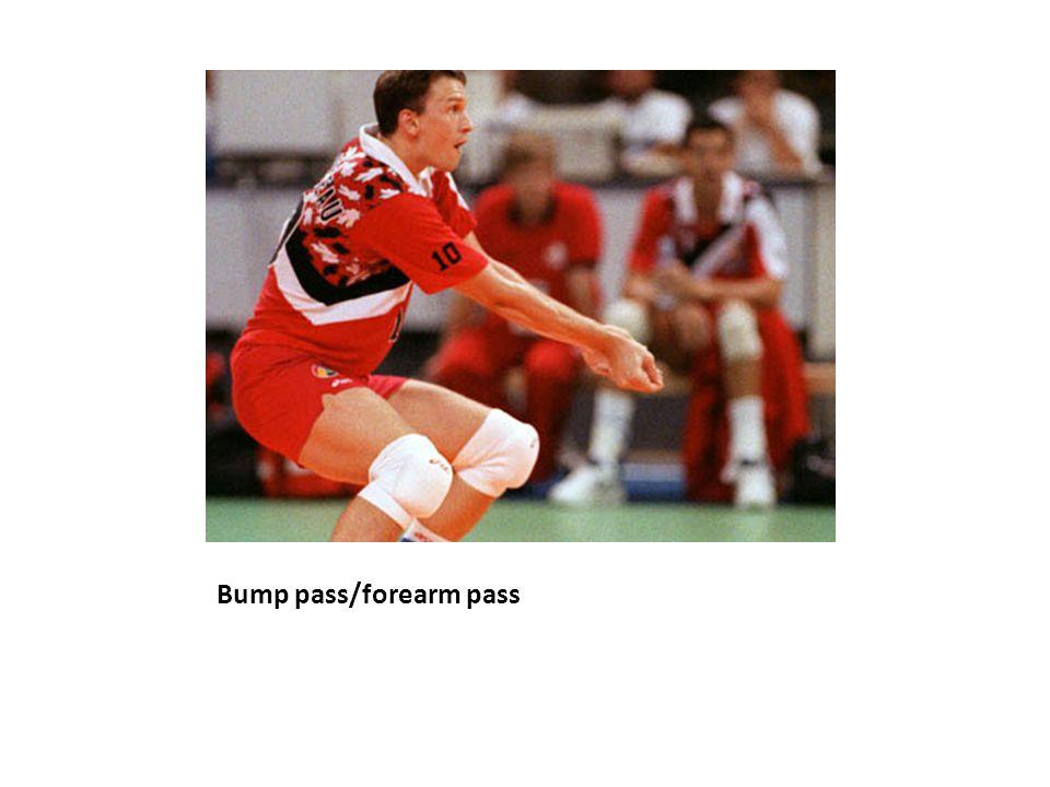 Bump pass/forearm pass