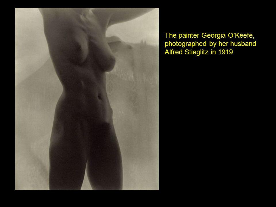 Alfred Stieglitz Hands and Thimble - Georgia O Keeffe 1920