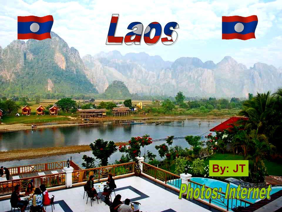 Pha That Luang Entrance