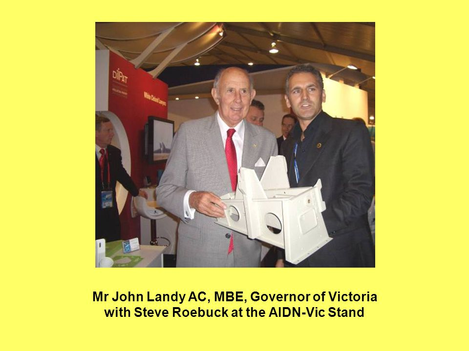 Mr John Landy AC, MBE, Governor of Victoria with Steve Roebuck at the AIDN-Vic Stand