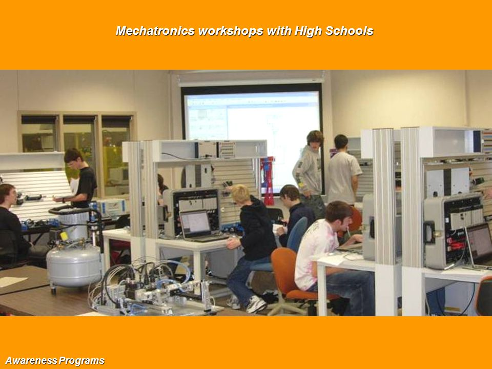Mechatronics workshops with High Schools Awareness Programs