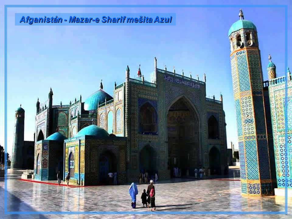 Afganistán - Mazar-e Sharif mešita Azul