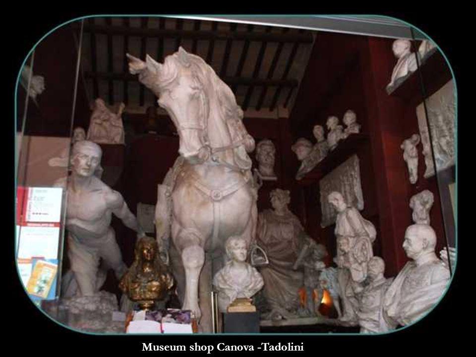 Museum shop Canova -Tadolini