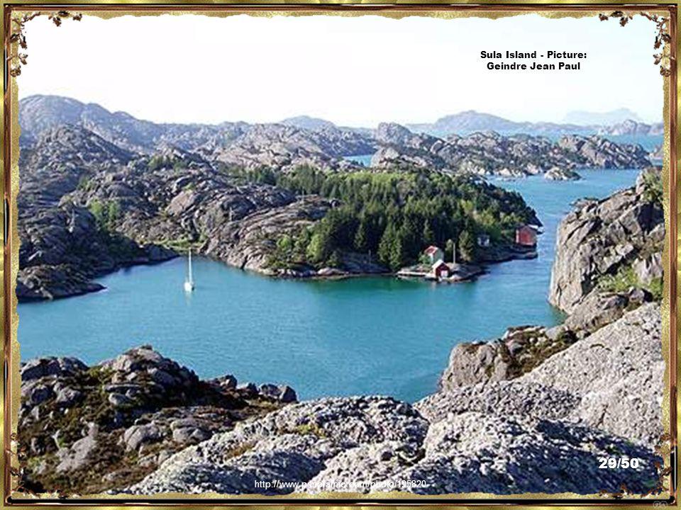 Seram Island - Picture: Sirico http://www.flickr.com/photos/sirico/2718952112/ 28/50