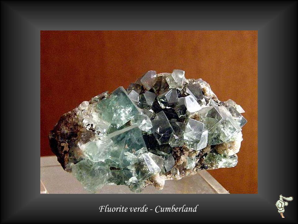 Fluorite viola su quarzo - Zogno