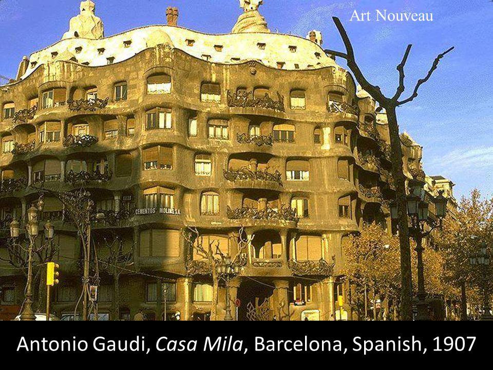 Antonio Gaudi, Casa Mila, Barcelona, Spanish, 1907 Art Nouveau
